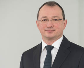 Prof. Andreas Crone